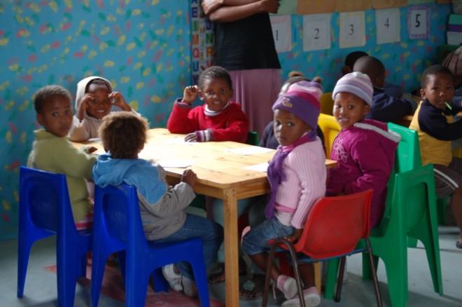 Go Ahead! Kinder in einer Vorschule im Township von Soweto